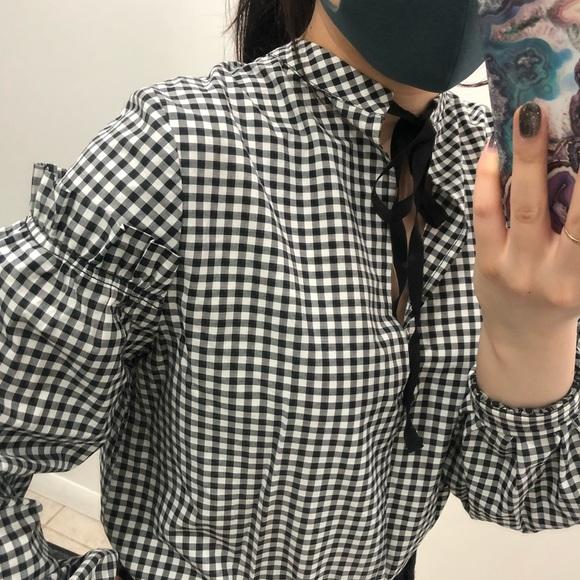 🌞2/$13 - TOPSHOP gingham shirt